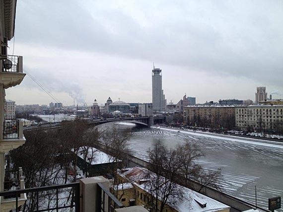 Вид из квартиры на Гончарной