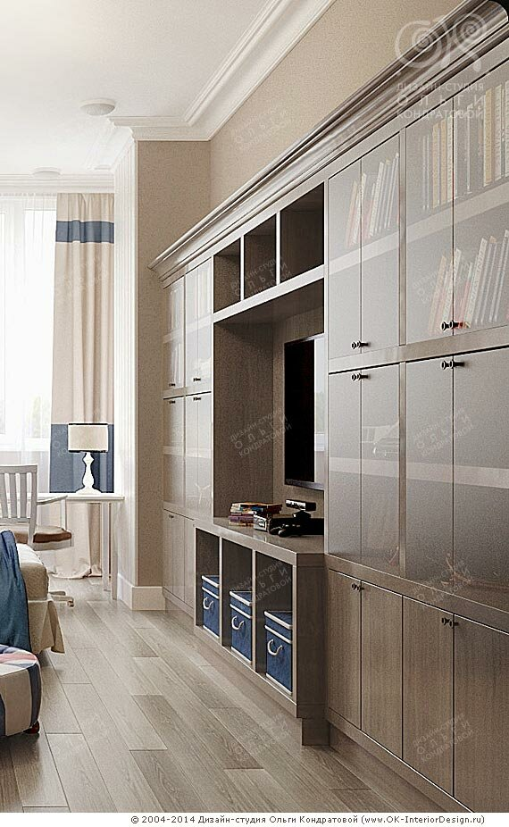 Большой шкаф-стенка в квартире