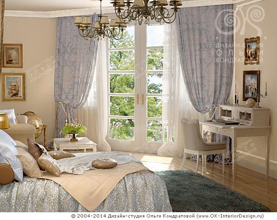 Высокое французское окно в спальне