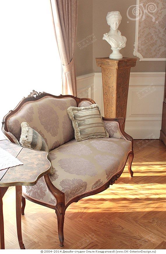 Антиквариат в гостиной