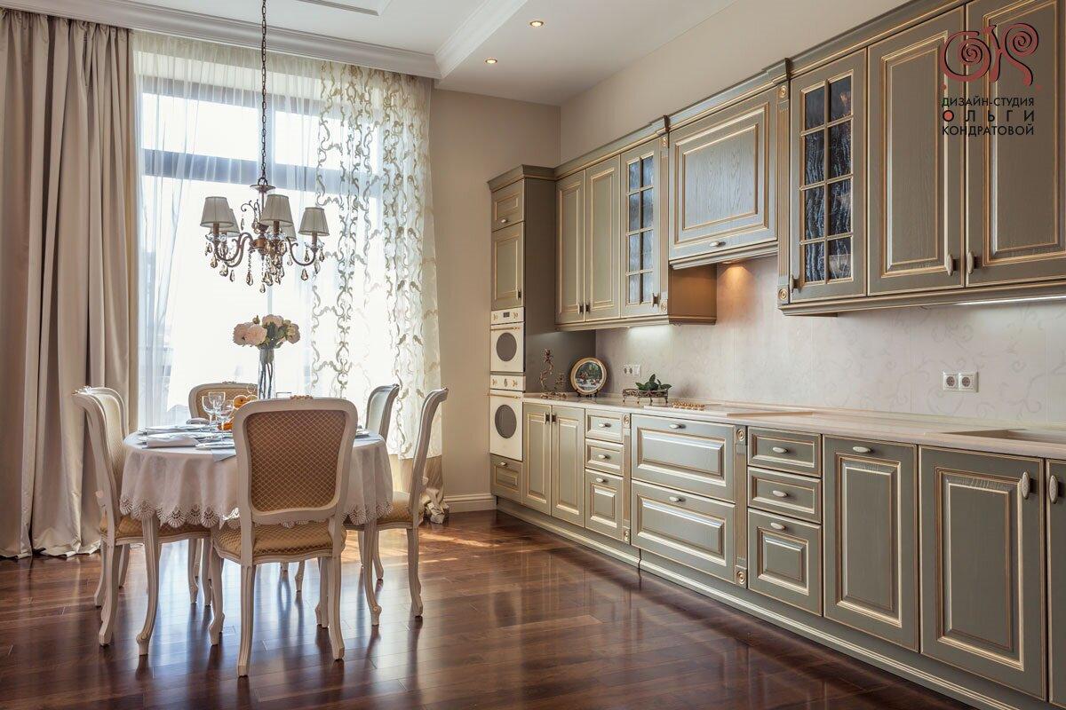 Дизайн кухни в классическом стиле. Реальная фотография